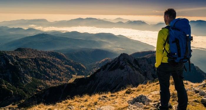 a-magnifiscent-view-from-veliki-draski-vrh-julian-alps_t20_EPN0vJ (1)